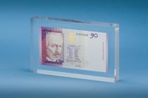 tombstone z banknotem